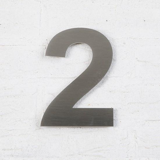Huisnummer 2 RVS Geborsteld...